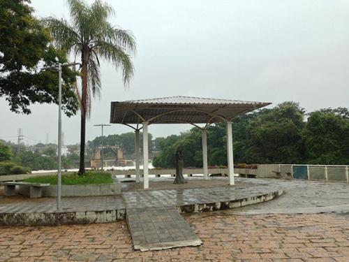 Ponte-dos-Enamorados-Salto-SP